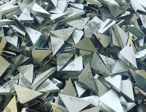 How Aluminum and Glass Outperform Traditional Materials in Modern Design